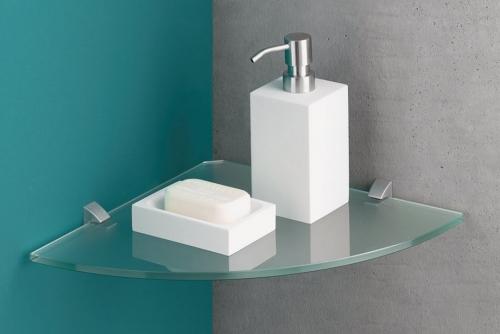 Glass 8mm corner Silver clip situ